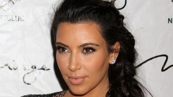 PRIMA FOTOGRAFIE cu Kim Kardashian dupa ce a nascut-o pe North West