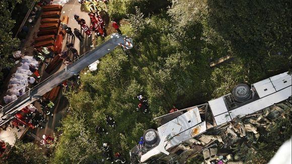 ACCIDENT GRAV in Italia: Cel putin 38 de morti, dupa ce un autocar a plonjat peste un pod FOTO si VIDEO