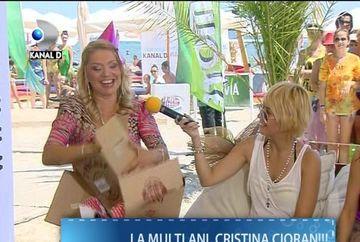 CADOUL la care Cristina Cioran NU se astepta! Cat a durat pana si-a despachetat blonda surpriza VIDEO