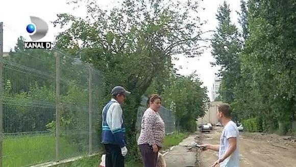 DEZASTRU in Iasi! Gropile de pe asfalt l-ar face pana si pe Eminescu sa ramana fara cerneala la penel VIDEO