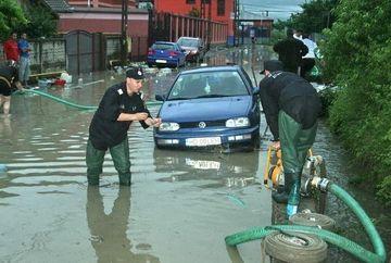 CODUL GALBEN de inundatii a fost PRELUNGIT! Vezi ce zone sunt afectate