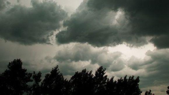 AVERTIZARE METEO: CODUL GALBEN de furtuna a fost PRELUNGIT. Vezi ce zone sunt vizate