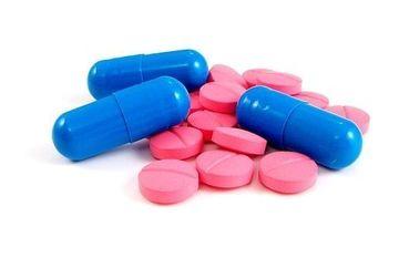 Mai multe femei AU MURIT dupa ce au folosit pilule contraceptive care se gasesc si in Romania! Vezi despre ce pastile este vorba