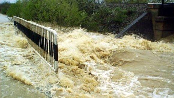 COD GALBEN de inundatii in zece judete din tara!