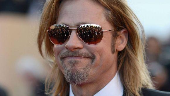SOC! Brad Pitt ar putea suferi de o boala foarte rara FOTO