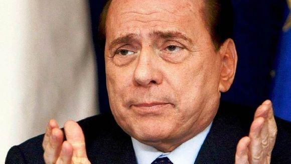 Ruby a RECUNOSCUT ca a mintit anchetatorii in privinta petrecerii unor seri alaturi de Berlusconi