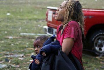 IMAGINI DEVASTATOARE cu tornada care a facut RAVAGII in sudul Statelor Unite: 91 de oameni au murit. Cel putin 20 dintre acestia sunt copii VIDEO
