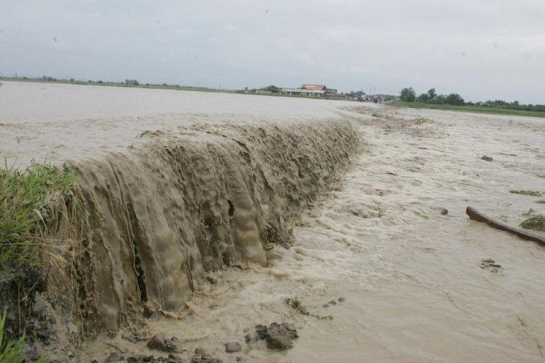 ATENTIONARE: COD PORTOCALIU si GALBEN de inundatii! Afla ce judete sunt afectate