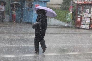 INFORMARE METEO: Meteorologii anunta PLOI SI VANT in toata tara! Vezi cand trebuie sa ne pregatim umbrelele