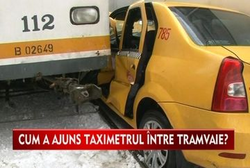 ACCIDENT GRAV in Bucuresti! Un taxi a fost prins intre doua tramvaie VIDEO