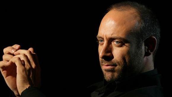 """Halit Ergenc, protagonistul serialului """"Suleyman Magnificul"""": """"Prietenii imi spun ca stau in sa precum un sultan"""""""