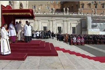 INTRONIZAREA Papei Francisc: Mii de oameni, in Piata Sfantul Petru. Principalele etape ale ceremoniei -FOTO+VIDEO