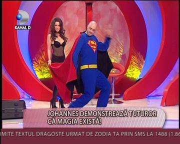 VIDEO inedit cu SUPERMAN de Romania! CUM s-a TRANSFORMAT Johannes in salvatorul lumii VIDEO