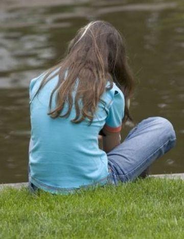 CAZUL care a SCANDALIZAT intreaga opinie publica din Marea Britanie! O adolescenta a fost VIOLATA de 90 de ori intr-un weekend