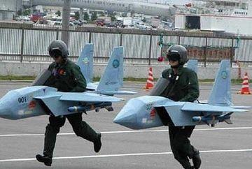 IMAGINI INEDITE! Cum se distreaza soldatii in Armata in timpul liber GALERIE FOTO