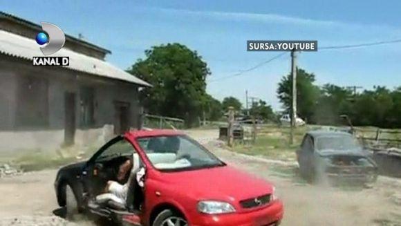 Romanu'i tare inventiv! Ai mai vazut masina 2 in 1? VIDEO