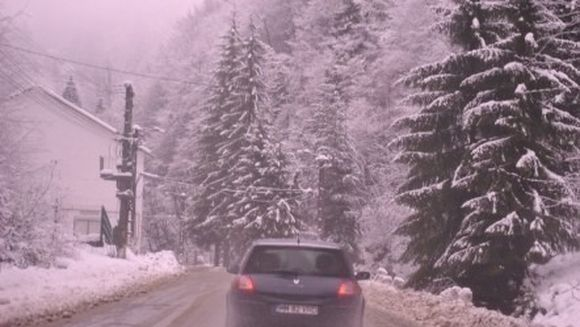 PROGNOZA METEO: Innorari temporare si ninsori slabe. Cum va fi vremea in WEEKEND!