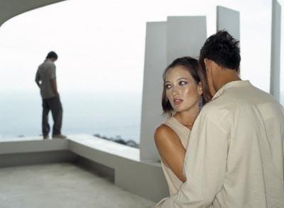 Relatiile extraconjugale SALVEAZA casnicii! Cine a facut acesta declaratie uimitoare si care este explicatia
