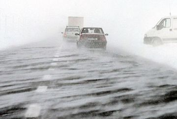 AVERTIZARE METEO: CODUL GALBEN de ninsoare si viscol a fost prelungit! Ce judete vor fi afectate