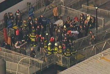 ACCIDENT grav in New York! Zeci de persoane au fost ranite