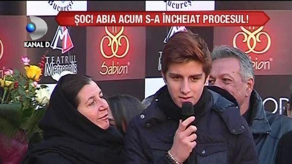 """""""Sa nu-l uitati!"""" Carol, fiul lui Serban Ionescu, DISCURS EMOTIONANT pe Aleea Celebritatilor VIDEO"""