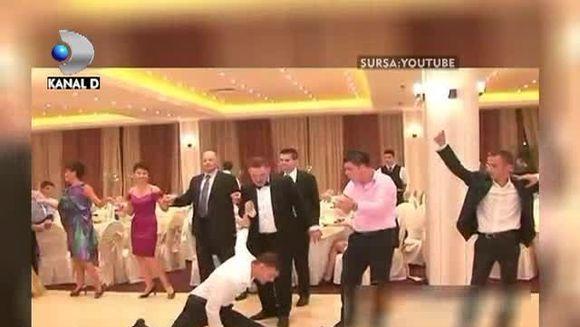 Romanul e CAMPION la petreceri, dans si voie buna! Iata cele mai haioase momente de la nunti VIDEO