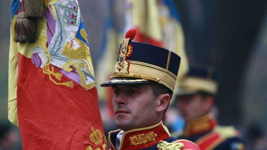 LA MULTI ANI, ROMANIA! La parada militara de 1 Decembrie, presedintele Basescu a fost primit cu proteste