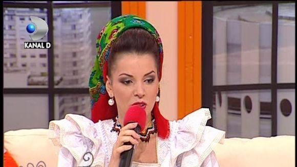 Maria Luiza Mih, singura cantareata din Romania care canta pe doua voci! Ascult-o si tu AICI!