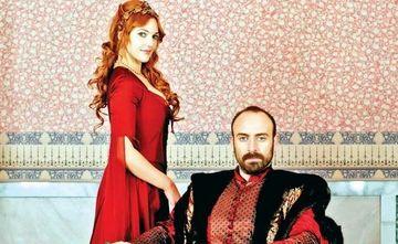 """"""" Hurrem """", marul discordiei dintre """"Suleyman"""" si frumoasa lui sotie, Berguzar Korel"""