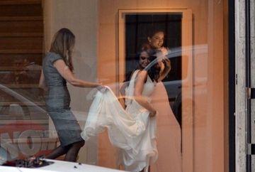Raluca Lazarut se marita? Vedeta a fost surprinsa intr-un magazin proband o rochie de mireasa!