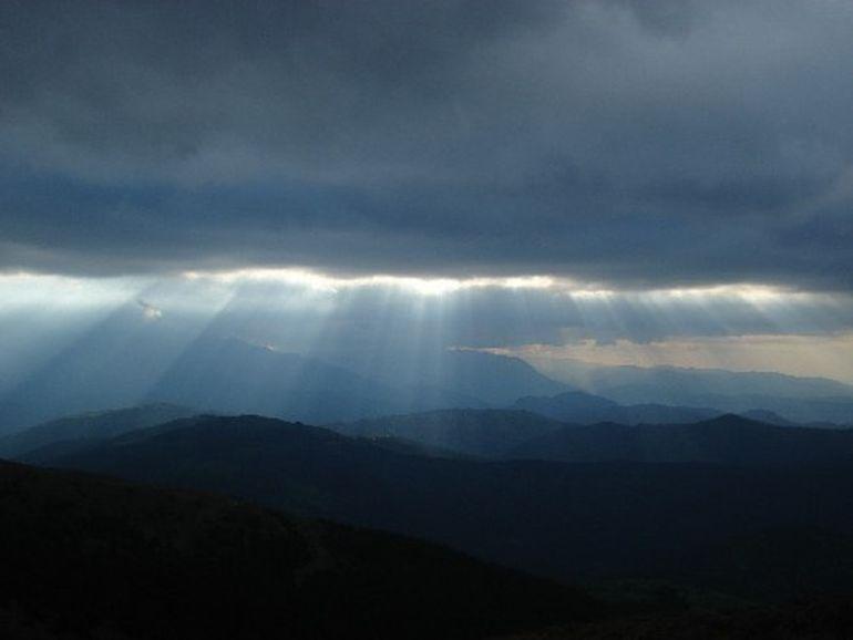 PROGNOZA METEO: Ceata, ploi si burnita! Cum va fi vremea in WEEKEND in tara, la munte si in Bucuresti