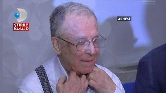 Ion Iliescu, consultat de medici la spitalul Elias. Fostul presedinte are probleme de sanatate?