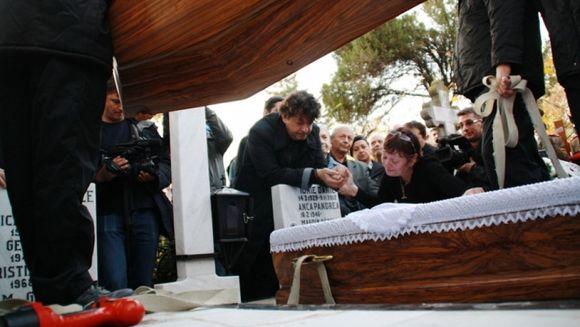 Fane Jeg, fotograful care i-a pozat goi pe Iurie Darie si Anca Pandrea a fost la inmormantarea actorului