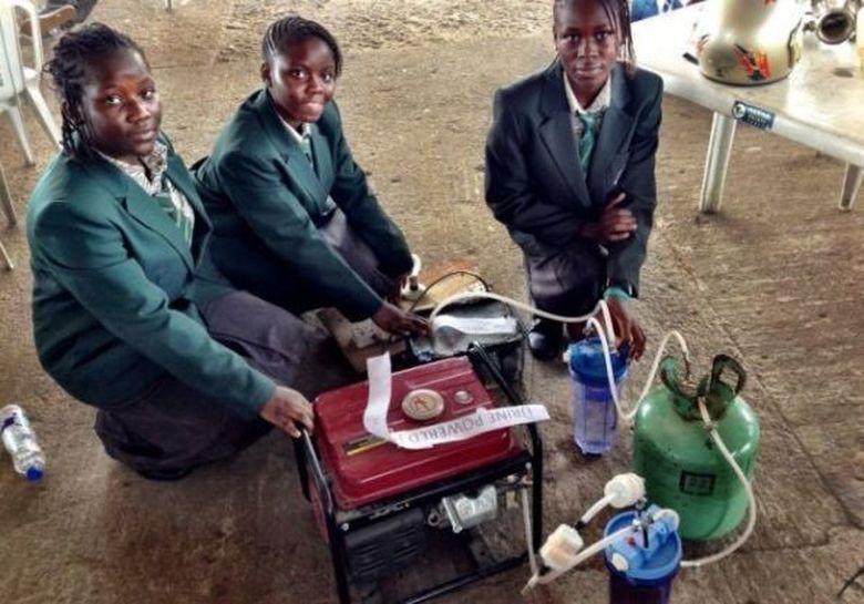 """Patru adolescente au inventat sursa inepuizabila de energie electrica! Afla """"ingredientul"""" MINUNE"""