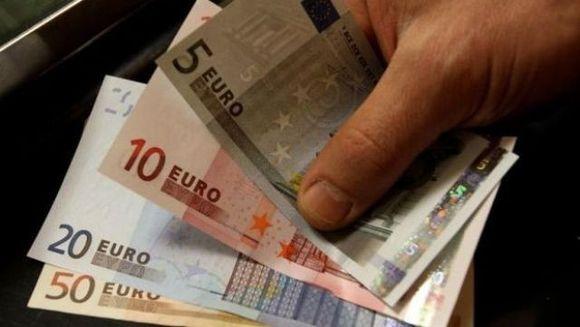 Bancnotele EURO se schimba in 2013! Vezi ce elemente vor fi inlocuite si ce va aparea nou!