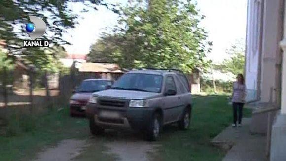 Popa, bolidul si CREDINTA. Si-a dat Maserati pe un Jeep VIDEO