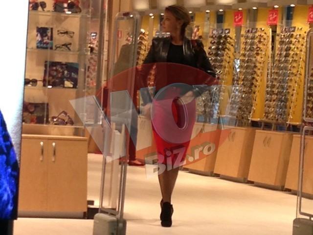 """Diana Lascarescu si-a """"parasit"""" sotul in aeroport!"""