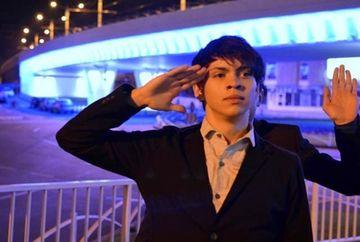 """Robert Reamzy, Michael Jackson de Romania: """"Muzica tine si de foame, si de sete, este cel mai bun medicament"""""""