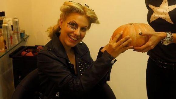 Amna si-a pus tarantule in par de Halloween!