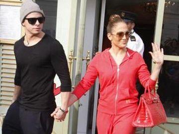 Jennifer Lopez si Casper Smart au implinit un an de cand sunt impreuna! Vezi ce mesaje siropoase si-au scris pe Twitter!