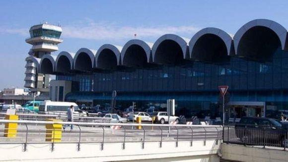 ALERTA CU BOMBA la aeroportul Otopeni! Un avion care urma sa decoleze spre Ucraina a fost oprit la sol