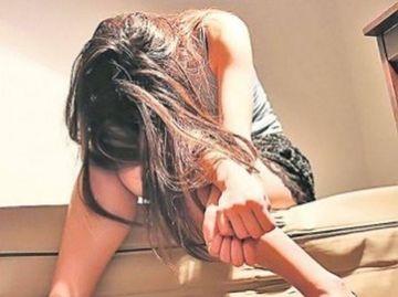Caz incredibil la Constanta! O profesoara a fost acuzata de pornografie infantila dupa ce si-a racolat o eleva de 13 ani si a pus-o sa se prostitueze!