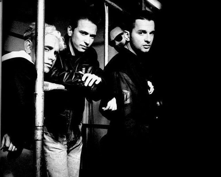 Depeche Mode revine in Romania! Britanicii vor sa includa Bucurestiul pe lisat oraselor in care vor concerta in 2013!