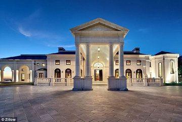 Ai da orice sa locuiesti aici pentru zi! Uite cum arata unua dintre cele mai luxoase vile din Statele Unite!
