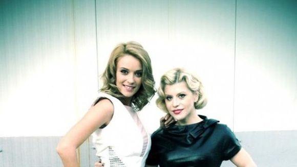 Razboiul divelor! Cine e mai sexy: Loredana sau Diana Dumitrescu? Alege-ti preferata
