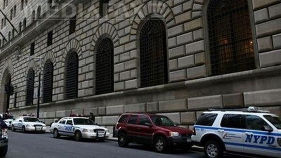 ATENTAT dejucat la New York: Cladirea Rezervei Federale, vizata de o BOMBA de 450 de kilograme