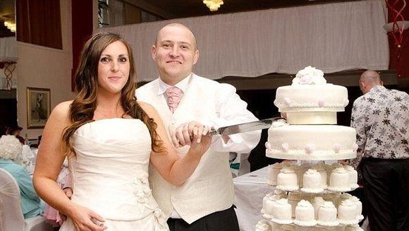 CUTREMURATOR! Cum a aflat o tanara in ziua nuntii ca are cancer