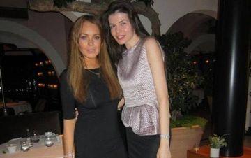 50.000 de dolari, suma minima pentru serviciile lui Lindsay Lohan. Iubitul Monicai Gabor a platit dublu!