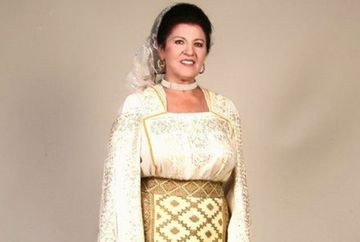 EXCLUSIV! Drama in familia Irinei Loghin! Sora artistei, transportata de urgenta la spital