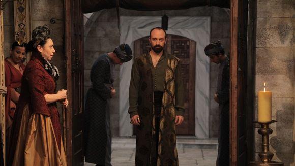 """""""Suleyman Magnificul – sub domnia iubirii"""", in topul preferintelor romanilor!"""